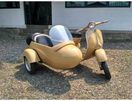 Vespa 150 with Sidecar Brown