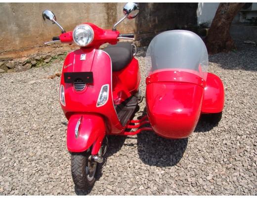 Vespa Piaggio LX With Sidecar